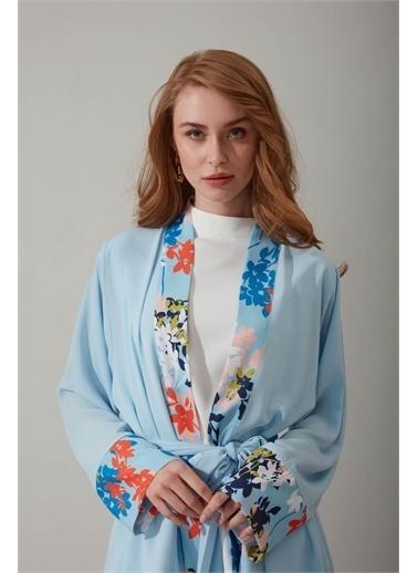 Mizalle Çiçek Desenli Mavi Kimono Mavi
